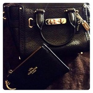 Coach bag and wallet set